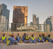 souq_doha_qatar-group_workers_construction_qatar_petroleum